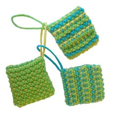 Pouches for plastic supermarket bag - 3 x Bag-Bags Knitting Patterns Free, Free Knitting, Free Pattern, Finger Knitting, Knitting Yarn, Plastic Bag Holders, Plastic Bags, Creative Knitting, Yarn Sizes