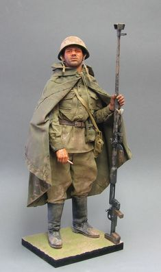 1/6 scale soviet ww2 action figure with ptrd anti-tank rifle.