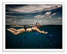 Snorkeling in Indian Ocean, Oversize