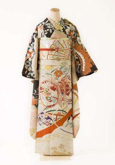 Yukata Kimono, Kimono Japan, Kimono Fabric, Japanese Kimono, Silk Fabric, Traditional Kimono, Traditional Outfits, Japanese Outfits, Japanese Fashion