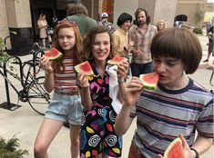 Image uploaded by Mama Steve. Find images and videos about stranger things, millie bobby brown and sadie sink on We Heart It - the app to get lost in what you love. Stranger Things Fotos, Stranger Things Kids, Bobby Brown Stranger Things, Stranger Things Aesthetic, Stranger Things Season 3, Stranger Things Netflix, Millie Bobby Brown, Sadie Sink, Film Serie