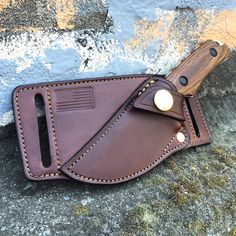 Cross-draw sheath for your favorite EDC fixed blade from Tomahawk Portland USA.
