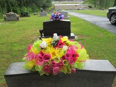 Headstone saddle, Grave decoration, Gravestone saddle, Deco mesh flower arrangement, Tombstone arrangement