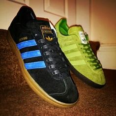 THE FINEST PAIR OF 2014-15!! A LUCKY COLLECTOR HAS BOTH ADIDAS STRETFORD AND ARDWICK RELEASES