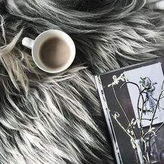 One more coffee in bed before today really begins... Was thinking it's soon time to pick up some branches outside to decorate inside - the best winter decoration there is! Have a lovely Saturday, sweet friends! #feelfreefeed