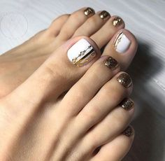 Toenail design is important as your fingernails, especially during the spring and summer. we've collected 42 trending toenail art designs for achieving an impeccable toenail design. Toe Designs, Marble Nail Designs, Pedicure Designs, Diy Nail Designs, Pedicure Ideas, White Pedicure, Pedicure Nail Art, Toe Nail Color, Toe Nail Art