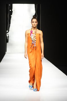 #SilviaTcherassi Spring Summer 2010 #fashion #style #designer #runway  #necklace #dress