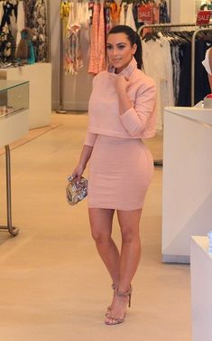 Kim Kardashian - Kardashian Sisters Shop in Miami