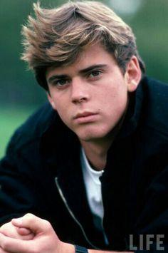 Ponyboy Michael Curtis 7-22 (C. Thomas Howell)
