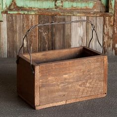 Primitive Style Rustic Wood Box Tote Tool Box Garden Carrier Home Decor