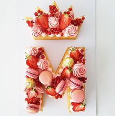 The Most Beautiful Alphabet Cake Designs cake wedding cake kindergeburtstag ohne backen rezepte schneller cake cake Number Birthday Cakes, Number Cakes, 23 Birthday Cake, Pretty Cakes, Beautiful Cakes, Amazing Cakes, Bolo Tumblr, Alphabet Cake, Cake Lettering