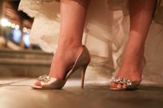 I LOVED these shoes!      http://www.a-dreamwedding.com/