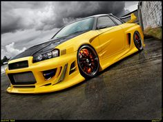 yellow Skyline R34