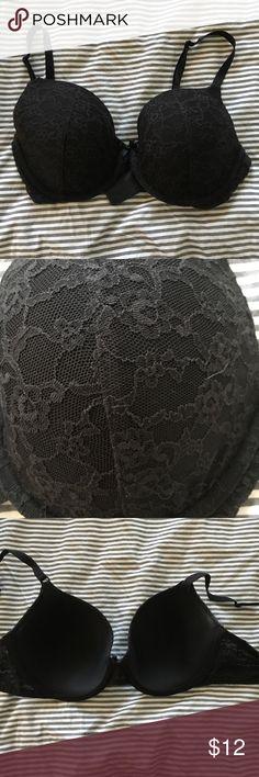 Pretty lacy black Victoria Secret Bra! Pretty lacy black Victoria Secret Bra! 36C and in good condition! Victoria's Secret Intimates & Sleepwear Bras