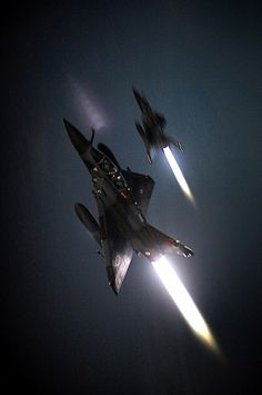 Mirage 2000N, afterburners lit
