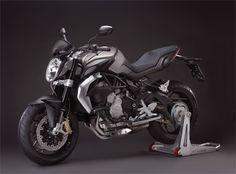 MV Agusta Brutale 675 (2012) - 2ri.de  Hersteller:MV Agusta Baujahr:2012 Typ (2ri.de):Naked Bike Modell-Code:k.A. Fzg.-Typ:k.A. Leistung:115 PS (84 kW) Hubraum:675 ccm Max. Speed:225 km/h Aufrufe:10.766 Bike-ID:3224