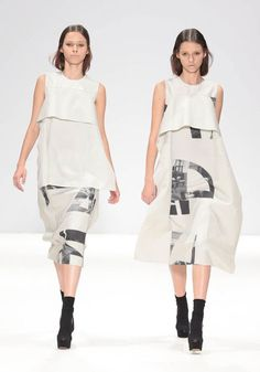 Spring/Summer 2013 Ready-To-Wear : HEOHWAN SIMULATION