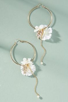 Shop the Blooming Willow Hoop Earrings and more Anthropologie at Anthropologie today. Read customer reviews, discover product details and more.