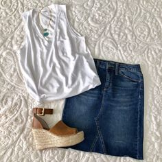 Casual #springOutfit. #Casual #SummerOutfit #emandgracie #womensfashion #springstyle #summerstyle #casualoutfit