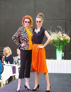 Capri Pants, Fashion, Moda, Capri Trousers, Fashion Styles, Fashion Illustrations