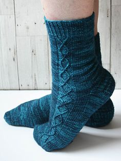 Siren song socks Knitting pattern by Vikki Bird Knitted Slippers, Knitted Gloves, Knitting Socks, Knit Socks, Stitch Patterns, Knitting Patterns, Crochet Patterns, Knitting Videos, Knitting Projects