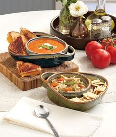 Get the best of both worlds with this Set of 2 Stoneware Soup & Side Bowls. Each heavy-duty stoneware dish has 2 sections for convenience. The handle on the side allows you to carry it with ease. Blue/Green set features embossed stars, while the Crea