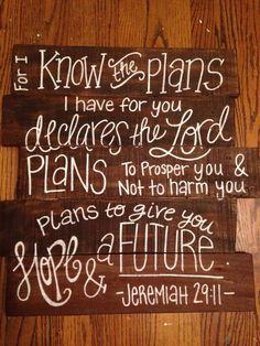 Reclaimed Wood Pallet Art wall decor Bible by HollysHobbiesTN