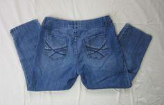 Chicos Platinum Denim Womans Ultimate Fit Short Slim Jeans Size 0.5 Embellished…
