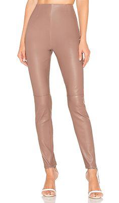 Looking for x REVOLVE Grayson Leather Pants Chrissy Teigen ? Check out our picks for the x REVOLVE Grayson Leather Pants Chrissy Teigen from the popular stores - all in one. Plaid Pants, Leather Pants, Khaki Pants, Black Betty, Parker Black, Combo Dress, Boat Neck Dress, Pop Fashion, Fashion Women