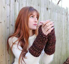 Gina Michele: diy arm warmers [knitting pattern]