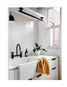 Dulux Natural White, Laundry Design, 1950s House, Architecture Awards, Country Interior, Australian Homes, Splashback, Inspired Homes, Design Awards