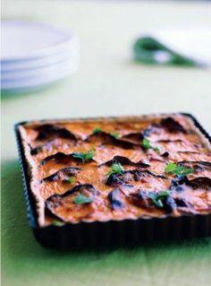Tærte med aubergine, rød peberfrugt og chorizo | Magasinet Mad!