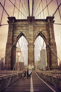 Walk the Brooklyn Bridge, New York City