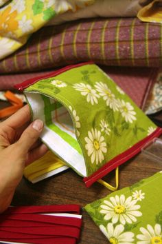 How to make reusable cloth snack bags!  Cute!