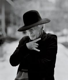 Alejandro Jodorowsky is a Chilean-French filmmaker. Illuminati Symbols, The Holy Mountain, John Lennon And Yoko, The Dark Tower, Paris Cafe, Eye Of Horus, Face Reference, Film Director, Psychedelic Art