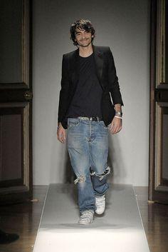 Balmain Spring 2009 Ready-to-Wear Fashion Show - Christophe Decarnin