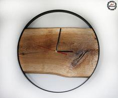 Loftowy zegar ścienny wykonany z drewna dębowego oraz stali - średnica 70 cm  #zerarloftowy #mebleloftowe #zegarścienny #loftowyzegarścienny