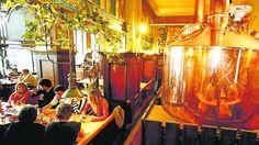 10 Tipps für Bier-Genuss direkt an den Brauhäusern Berlins Die Hauptstadt ist eine Hochburg der Bierbrauer, die ihre Kreationen in eigenen Wirtshäusern anbieten. Eine Auswahl-