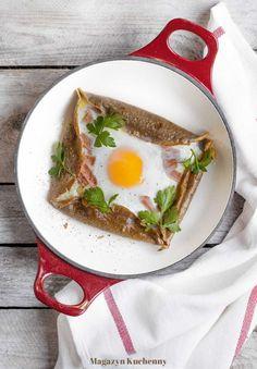 Galette z jajkiem, serem i szynką, czyli wytrawne śniadanie z gryczanych naleśników