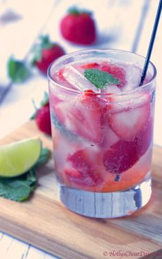 strawberry-gin-and-tonic | HollysCheatDay.com