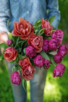 We love growing Copper Image and Amazing Grace double tulips! They look so similar to peonies and last well in arrangements. Spring Garden, Flower Farm, Colorful Flowers, Tulips, May Flowers, April Flowers, Blooming Flowers, Flower Arrangements, Bloom Where Youre Planted