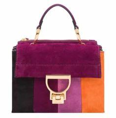 fc10dea993 Eleganza e femminilità per la prossima collezione di borse Coccinelle  autunno inverno 2017 2018 di cui