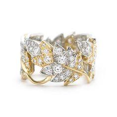 Anillo estilo cuatro hojas Schlumberger en oro de 18k con diamantes. // Lo amé!!!!!