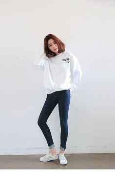 New Fashion Korean Street Style Chic 37 Ideas Korean Fashion Trends, Korean Street Fashion, Korea Fashion, Asian Fashion, New Fashion, Trendy Fashion, Fashion Models, Girl Fashion, Fashion Outfits