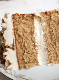 This is a deeply spiced and flavorful but light and fluffy sponge cake recipe. This recipe makes a 3 layer 8 inch round cake. Spiced Sponge Cake - Spiced Sponge Cake Recipe - light fluffy and richly spiced. Light And Fluffy Sponge Cake Recipe, Sponge Cake Recipe Best, Spice Cake Recipes, Dessert Recipes, Party Recipes, Cupcakes, Cupcake Cakes, Cupcake Ideas, Angel Cake