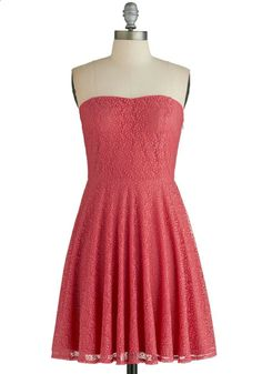 Leaf it to Chance Dress. Want to ensure a stunning night? #red #modcloth