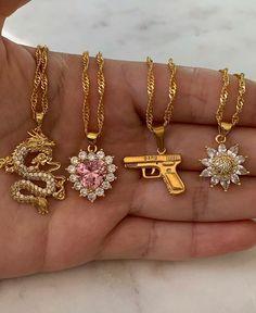 Stylish Jewelry, Cute Jewelry, Luxury Jewelry, Jewelry Accessories, Fashion Accessories, Fashion Jewelry, Hand Jewelry, Body Jewelry, Bijoux Piercing Septum