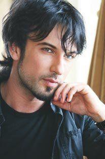 Tarkan Tevetoglu | Tarkan, najveća turska zvezda pop muzike u poslednjih 15-tak godina ...