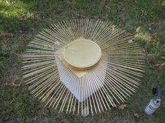 Creating a Sunburst Mirror Mirror Lamp, Sunburst Mirror, Diy Mirror, Diy Home Crafts, Arts And Crafts, Mirror Inspiration, Metallic Spray Paint, Paint Drying, Mirrors