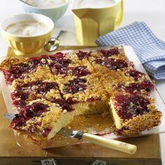 Rote-Grütze-Kuchen mit Mandelkruste Rezept